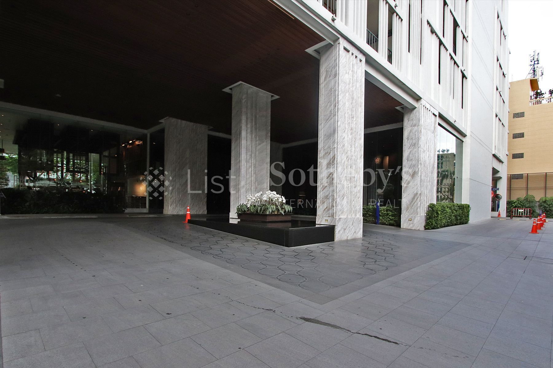 the-pillars-executive-one-bedroom-137-pillars-suites-residences-bangkok 44