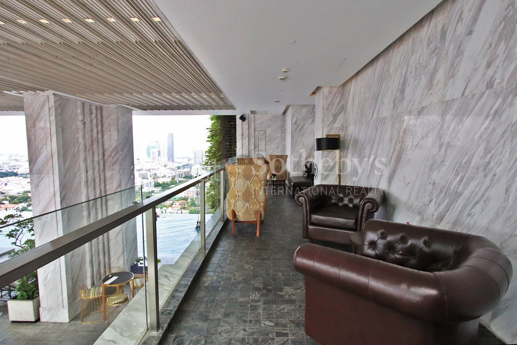 the-pillars-executive-one-bedroom-137-pillars-suites-residences-bangkok 30