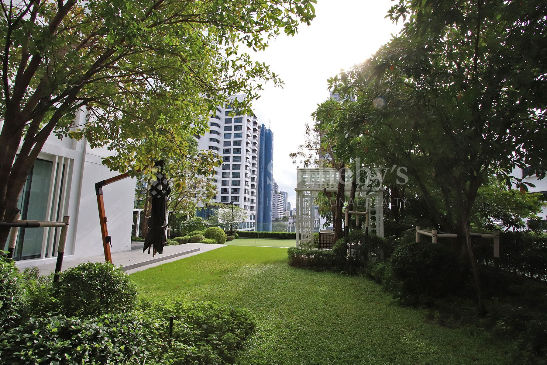 the-pillars-executive-one-bedroom-137-pillars-suites-residences-bangkok 34