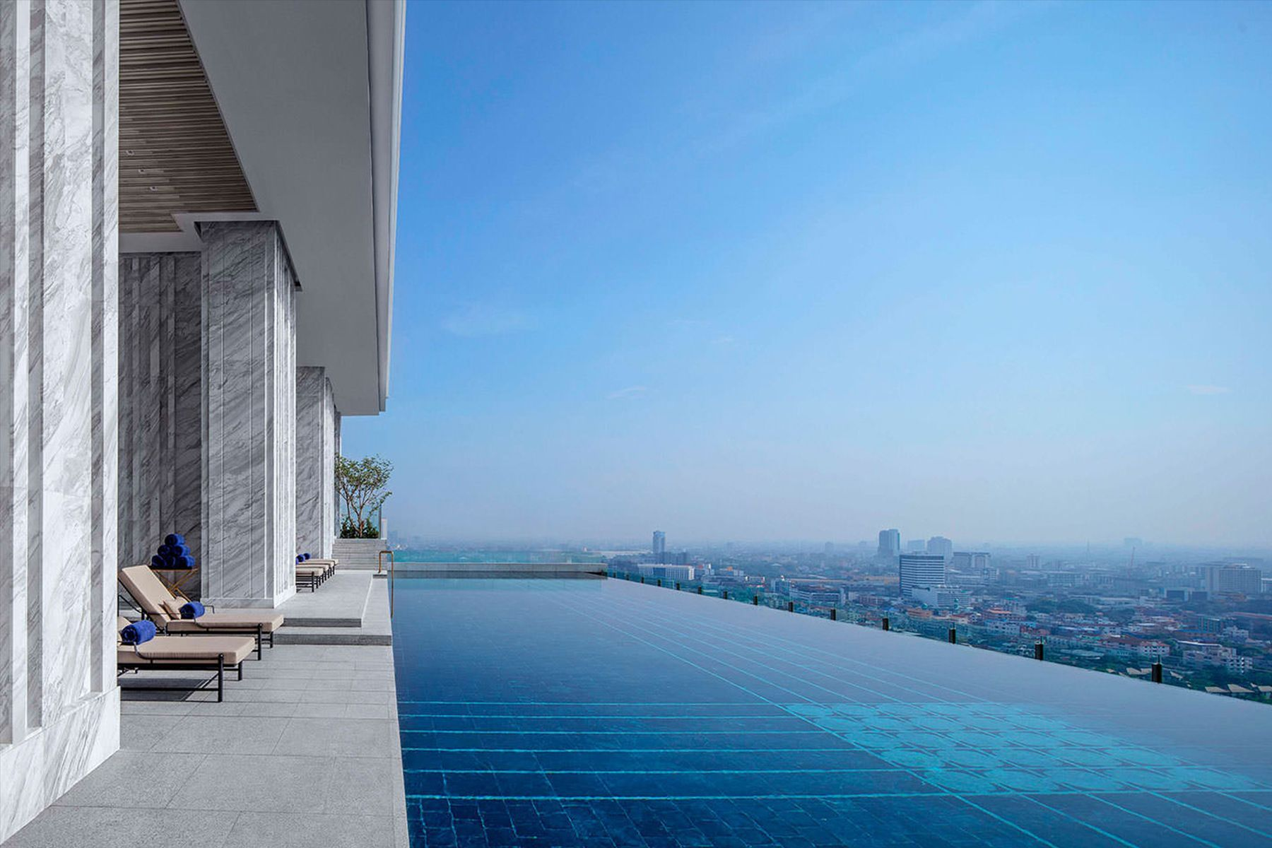 the-pillars-executive-one-bedroom-137-pillars-suites-residences-bangkok 16