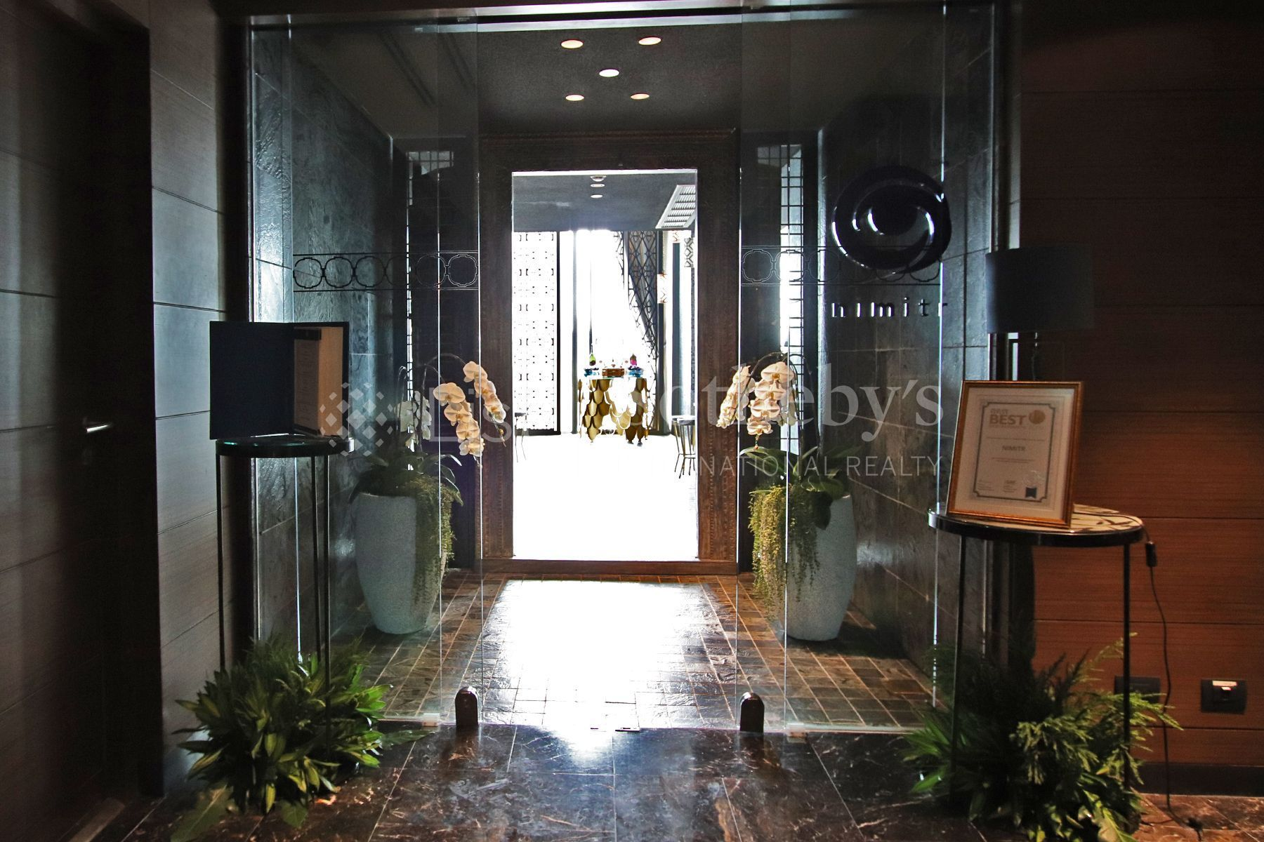 the-pillars-executive-one-bedroom-137-pillars-suites-residences-bangkok 25