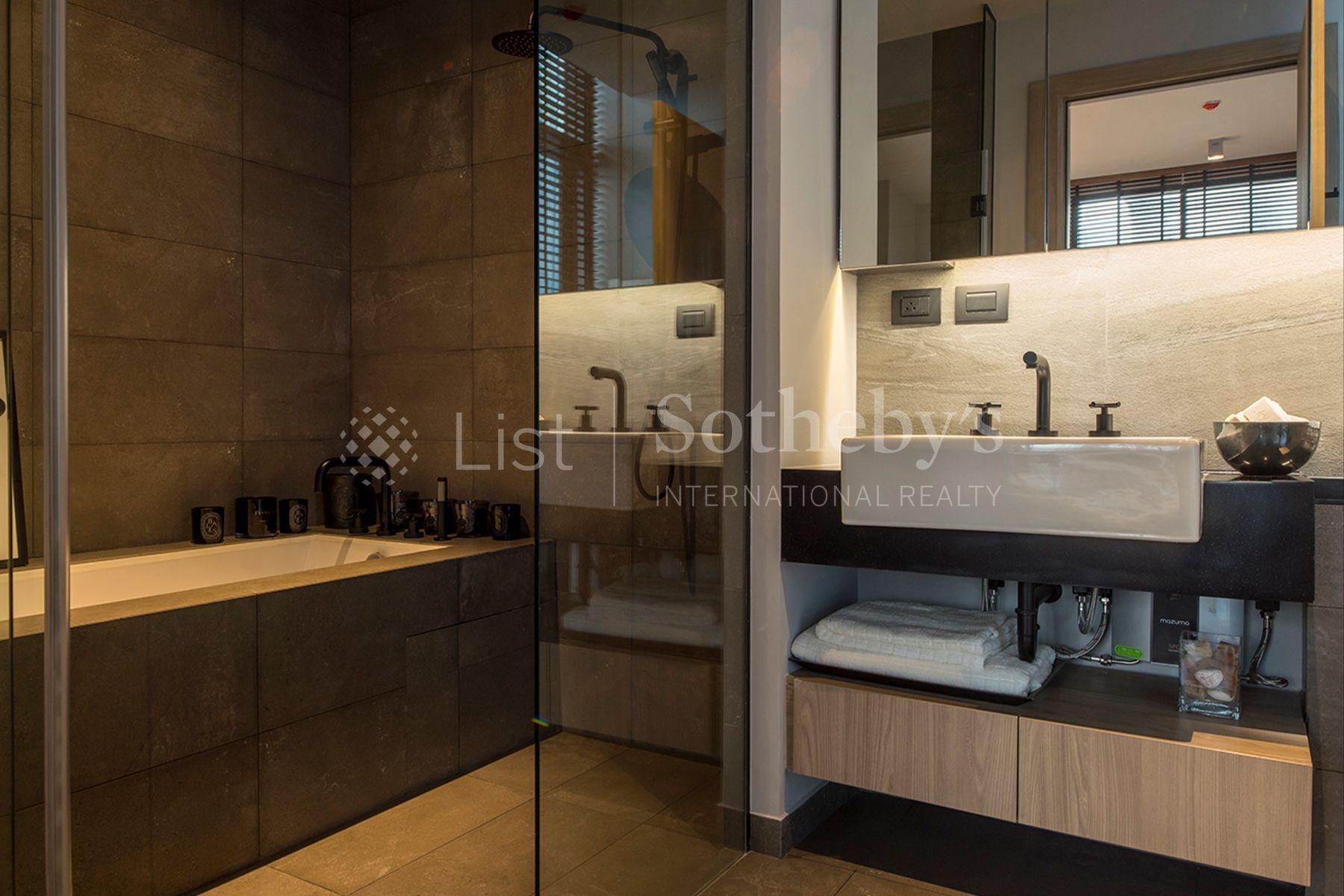 the-lofts-asoke 5