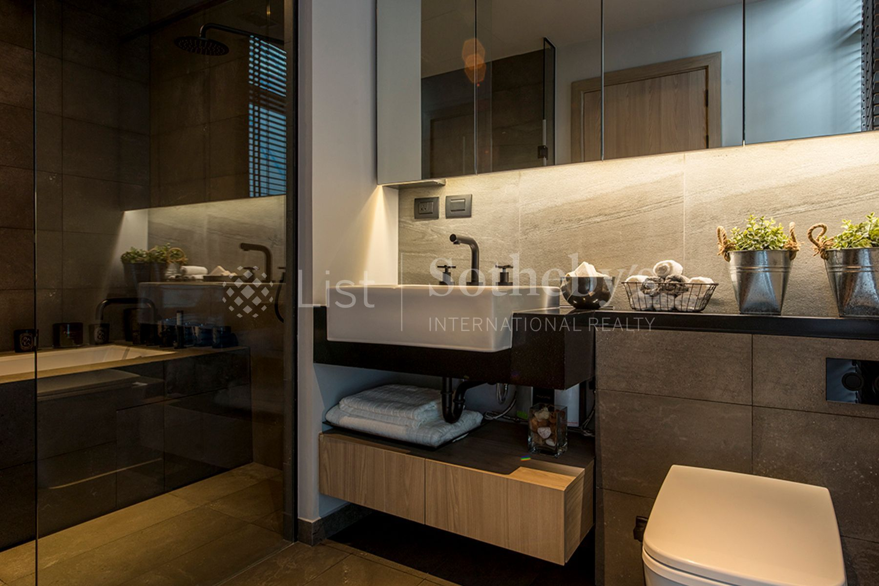 the-lofts-asoke 3