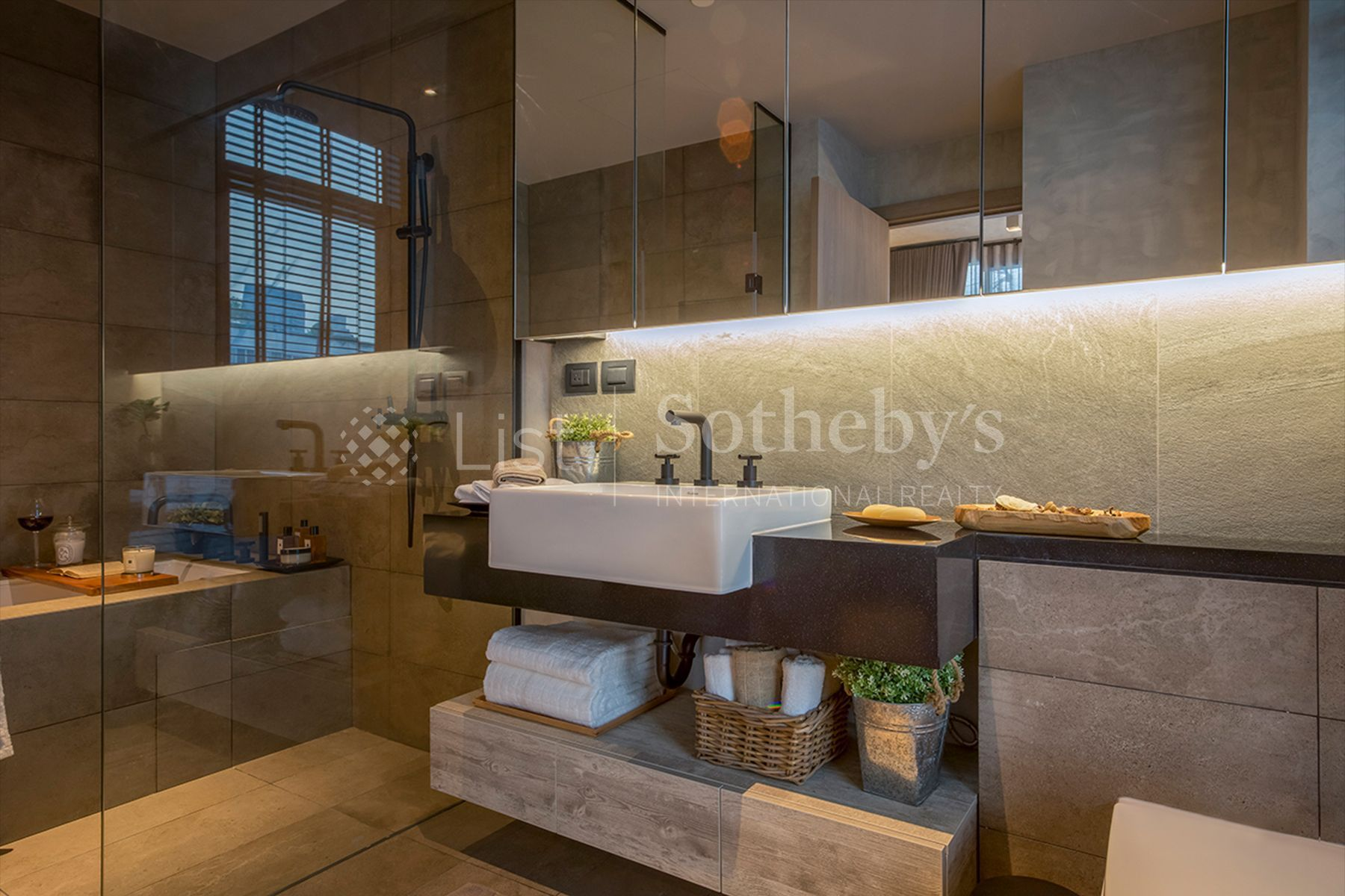 the-lofts-asoke 25