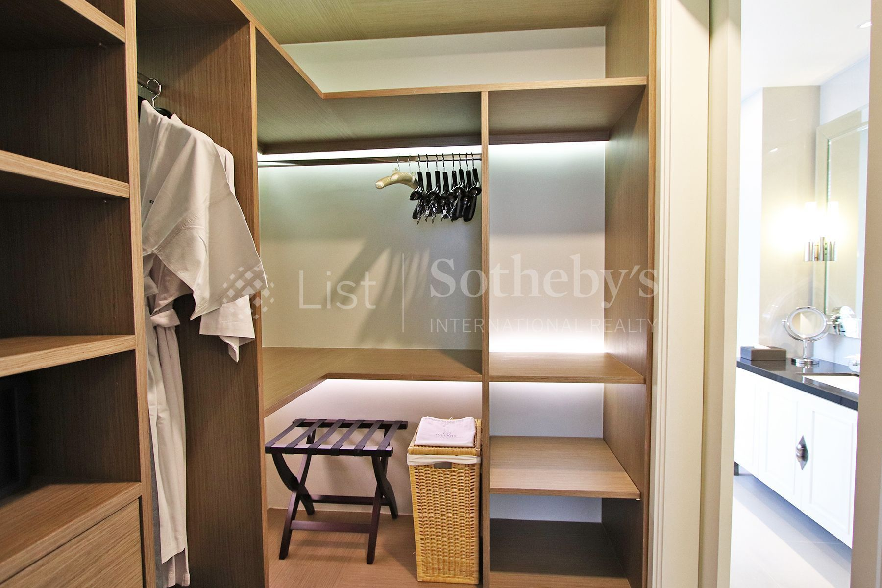 the-pillars-executive-one-bedroom-137-pillars-suites-residences-bangkok 10